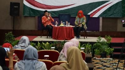 KH Masdar Farid Tekankan Prinsip 'Khaira Ummah' kepada Guru Madrasah