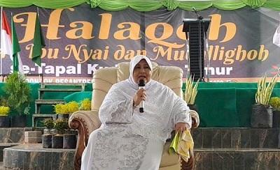 Biografi Nyai Hj. Makkiyah As'ad